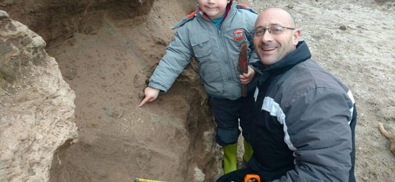Szenzációs leletre bukkant egy kisfiú egy argentin strandon