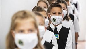 Nagyok a különbségek az állami és egyházi iskolák járvány elleni védekezésében