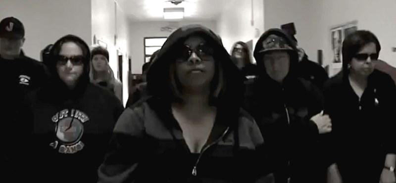 Videó: rappelve küldik vizsgázni a diákokat