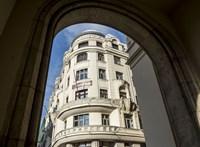 Megkapta az engedélyt Tiborczék cége a Vörösmarty téri hotelre
