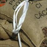 Lement a kakaóbab ára, jön az olcsó csoki?