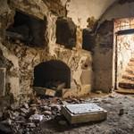 Feldúlták és kifosztották Dessewffyék sírhelyét Tiszavasváriban