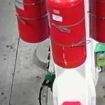 Felgyújtott egy benzinkutat egy őrült – videó
