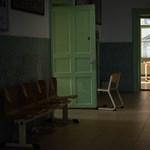 Leszakadt a plafon egy budapesti gimnáziumban