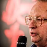 Az Orbánt kritizáló rendező betiltott Spiró-darabja miatt tiltakoztak Párizsban