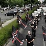 Képriport: szélsőjobbosok vonultak Budapesten Trianon ellen