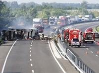 Kigyulladt kamion miatt zárták le az M7-es autópályát