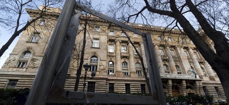 MNB: Szó sincs recesszióról, növekedni fog idén a magyar gazdaság