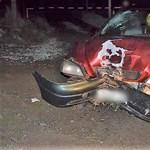 Kidöntött egy villanyoszlopot, majd elhajtott a ripityára tört kocsival