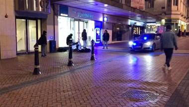 Szuper jó fej rendőrök, ritmusra nyomják a szirénát - videó