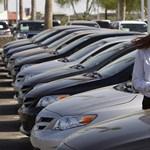 Lassan emelkednek az újautó-eladások