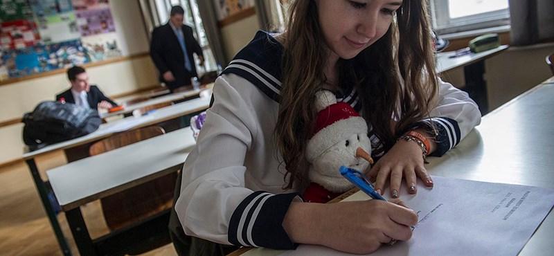 Hivatalos érettségi megoldások: társadalomismereti vizsga