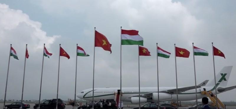 Nézze meg videón, milyen luxusban repült Orbán a vietnami kommunistákhoz