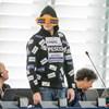 Így öltözik egy őszinte EP-képviselő – fotó