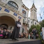 Marosvásárhelyi iskolaügy - Nyílt levélben kérik Klaus Iohannis államfőt a szülők