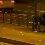 Újabb alvó embert próbáltak kifosztani a Nyugatinál - videó