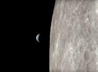 A NASA 4K-ban mutatja meg, mit láttak a legendás Apollo-13 űrhajósai, amikor megkerülték a Holdat