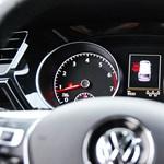 Vizsgálatot indított a német kormány 30 autótípus miatt