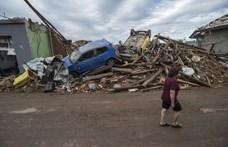 Cseh tornádó: három halott és több száz sérült