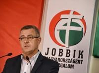 A Jobbik vizsgálóbizottság felállítását kezdeményezi a Strache-ügy miatt