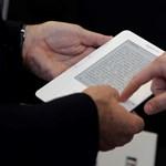 Szakítanak az e-könyvek és az e-olvasók