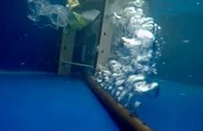 Zseniális megoldást találtak ki a műanyagszemét ellen, videón a légbuborékgát