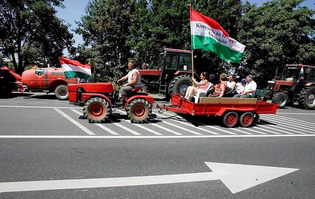 Sztrájkok,tüntetések az elmúlt években- Gazdatüntetés Záhony 2007