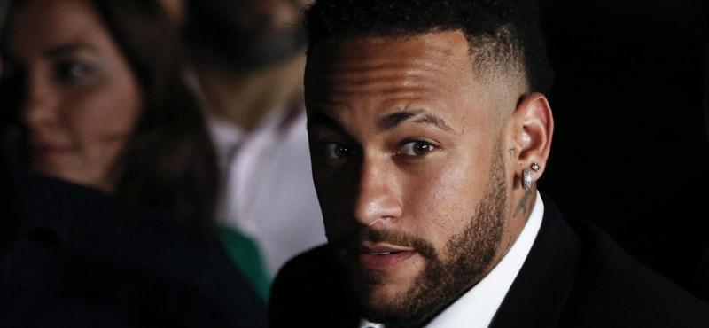 Kiderülhetett, miért váltott Nike-ról Pumára Neymar