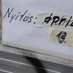 Az újranyitás ellenére áprilisra is kérhetnek a cégek bértámogatást