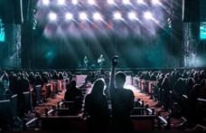 Angliában bezárták a vírushelyzetre átalakított koncerthelyszínt is