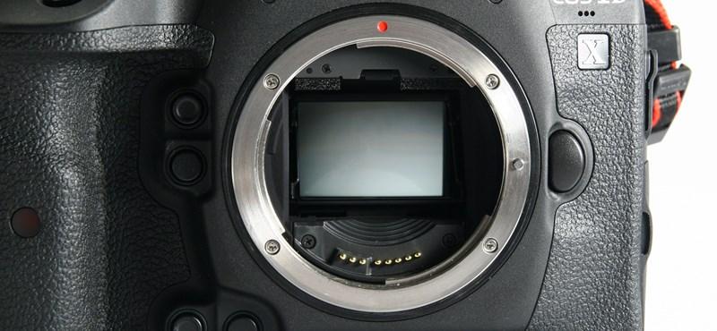 Ez a fényképező: 14 darab 20 megapixeles kép - másodpercenként