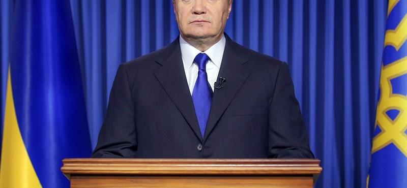 Janukovics nem mond le, és harcolni fog a hatalomért
