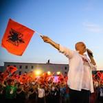 Nem bír el egyedül a bűnbandáival Albánia
