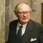 Rács mögé kerülhet a Gripen-lobbista osztrák gróf