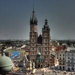 Csak a lengyel lakáspiac ütésálló a térségben