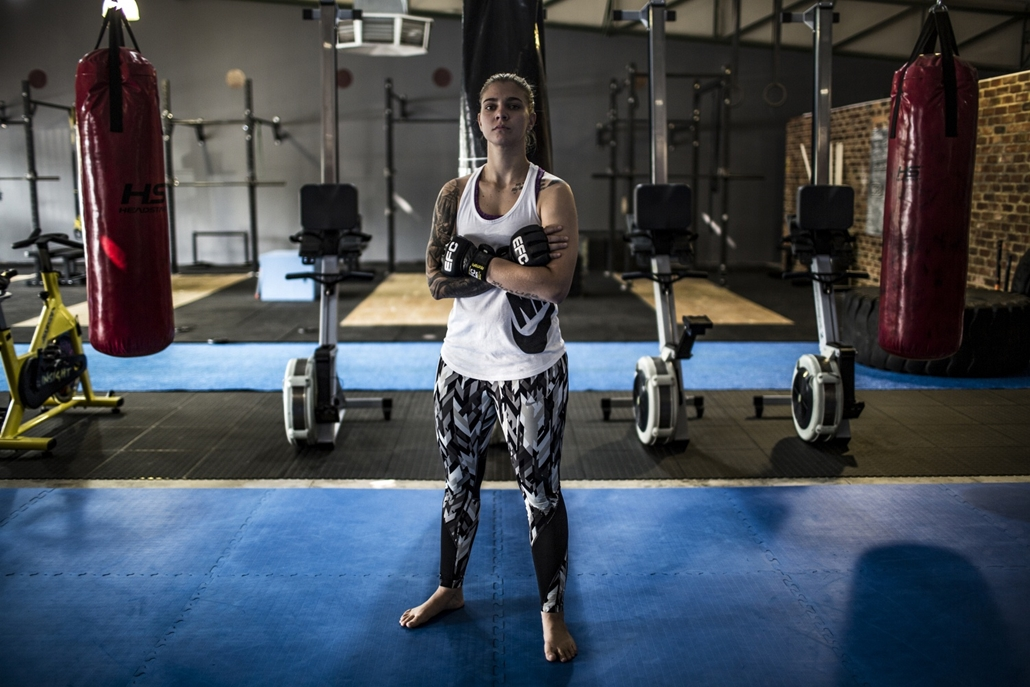 afp.18.02. - AFP Nőnap Shana Power 25 éves dél-afrikai MMA harcos Johannesburgban