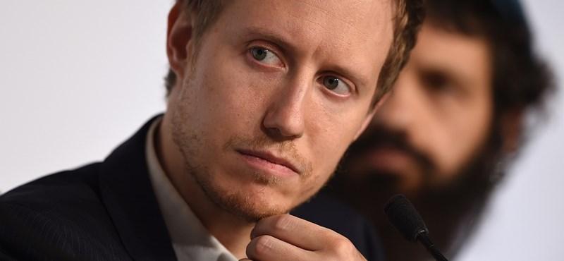 Eltüntette, majd visszatette Nemes Jeles interjúját a német hetilap