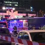Kamion hajtott a tömegbe Berlinben, tizenketten meghaltak