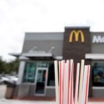 Papírra cseréli a műanyag szívószálakat a McDonald's Ausztráliában