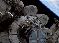 Ezen a videón élőben nézheti, ahogy az űrhajósok tesznek-vesznek a Nemzetközi Űrállomás külsején