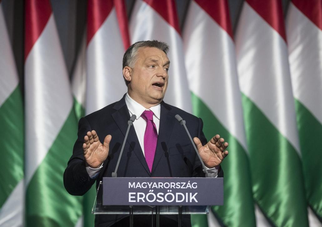 tg.17.02.10. Orbán Viktor miniszterelnök hagyományos évértékelő beszédét tartja a Várkert Bazárban 2017. február 10-én