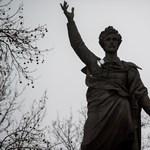 Újra megrongálták Petőfi szobrát Ungváron