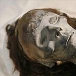 Az európai férfiak fele szegről-végről rokona Tutanhamon fáraónak