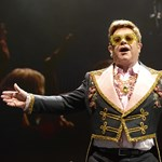Elton John és a Metallica is komoly pénzeket ajánlott fel az ausztrál tűzvész elleni harcra