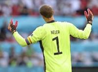 Nem lép fel az UEFA a szivárványszínű karszalagot viselő német csapatkapitány ellen