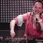 Elég vicces lett az idei VOLT fesztivál DJ-ket ekéző reklámja