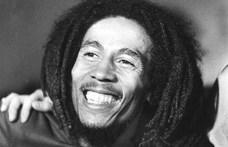 Egy kettészakított országot is összebékített a zenéjével – 40 éve halt meg Bob Marley