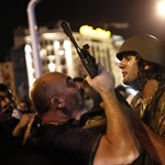 A demokrácia ünnepéről beszél a török kormány