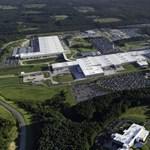 Elkezdte építeni saját Gigafactoryját a Mercedes