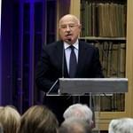 Martonyi: aki Orbánt bírálja, a szélsőjobbot erősíti